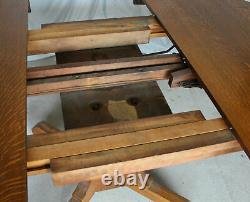 Antique Arts & Crafts Mission 54 Round Oak Dining Table with 5 Original Leaves