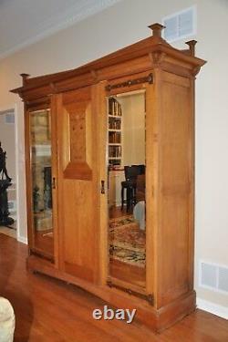 Antique Arts & Crafts / Mission / Armoire Wardrobe Entertainment Cabinet