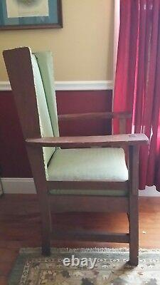 Antique Early 20th Century Mission Style Arts & Crafts Movement Oak Arm Chair