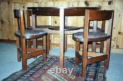 Antique Mission Arts & Crafts Oak 38 Round Table With 4 Fitted Triangle Chairs