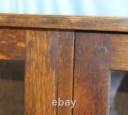 Antique Mission Oak China Cabinet L & JG Stickley Number 746 Arts and Crafts