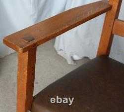 Antique Mission Oak Rocking Chair Rocker Lifetime Furniture Company Arts & Craft
