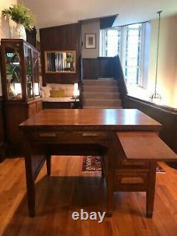 Antique furniture desk Arts & Crafts Mission