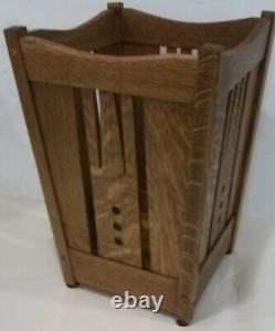Arts and Crafts, Mission Quartersawn Oak Wastebasket