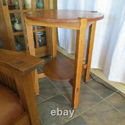 Circa 1910 Original Stickley Brothers Oak Lamp Table Mission Arts & Crafts Era