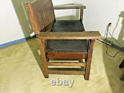 Gustav Stickley Mission Oak Arts & Crafts Settle Sofa, Circa 1900, SIGNED