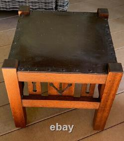 Old Mission Craftsman Arts & Crafts 15 5/8 Square Oak Foot Stool, Cutout Sides