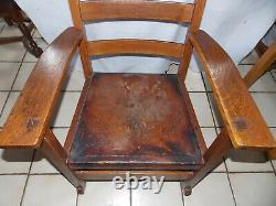 Quartersawn Oak L & J. G. Stickley Mission Rocker / Rocking Chair (R68)