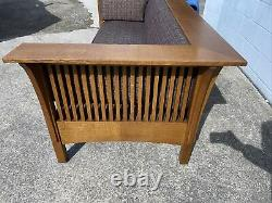 Signed Stickley Arts and Craft Mission Oak Prairie Style Spindle Couch Sofa