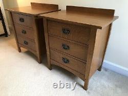 Stickley Bedroom Set King Prairie Bed, Dresser & Two Nightstands Brown Oak