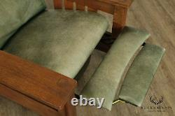 Stickley Mission Collection Oak Bow Arm Recliner