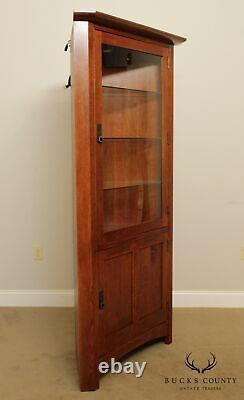 Stickley Mission Collection Oak Corner Cabinet