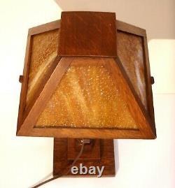 Vintage Arts and Crafts Mission Oak Table Lamp Slag Glass